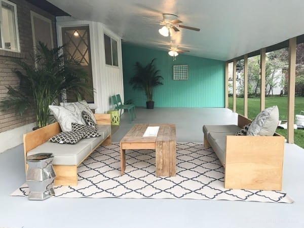 Painting A Patio With UGL Epoxy Floor Paint @Remodelaholic 32