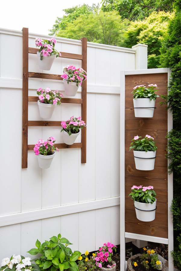Two Vertical Planter Building Tutorials Angela Marie Made Featured On Remodelaholic