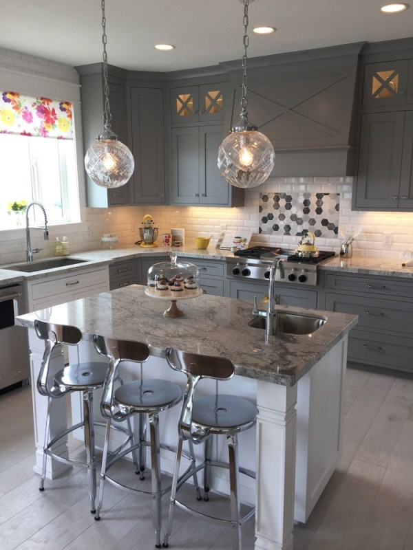 Glamorous Gray Kitchen: Recreate the look of the sophisticated modern gray kitchen in your home with tips and product sources from Remodelaholic.com. Home built by Arive Homes.
