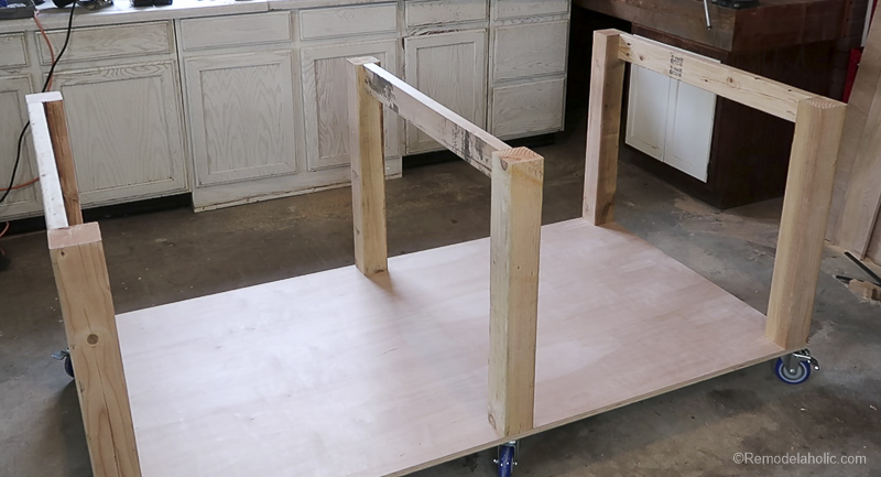 Table Saw Workbench @Remodelaholic 10