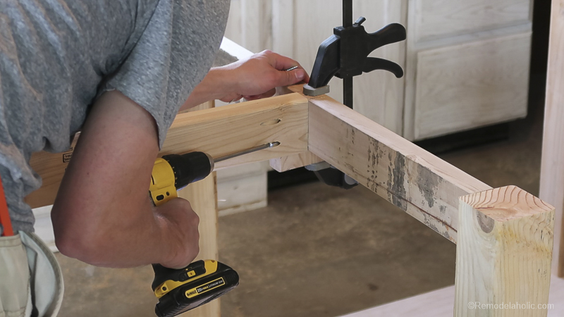 Table Saw Workbench @Remodelaholic 11