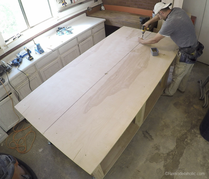 Table Saw Workbench @Remodelaholic 18