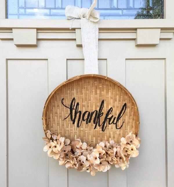 DIY Basket Wreath For Thanksgiving 7