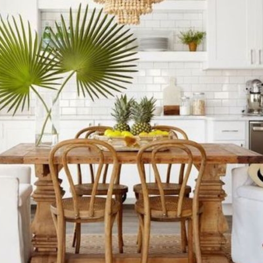 Fresh And Colorful Tropical Decor Living Room Inspiration