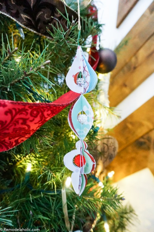Diy Printable Paper Ornaments To Fold And Decorate For Christmas And Winter #remodelaholic (3)