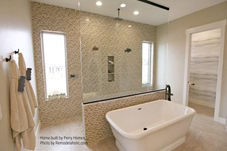 Bathroom Tile And Tub Perry Homes Utah, Inc (57).ed