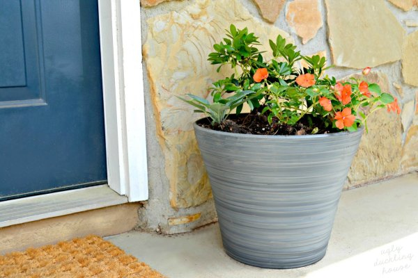 Diy Tricks For Covered Porch Planters Ugly Duckling House