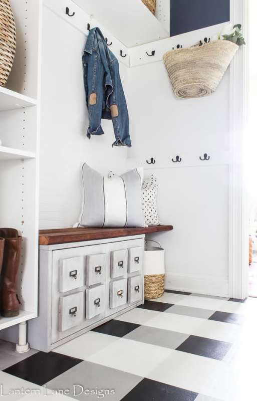 Small Mudroom With Built Ins Lantern Lane Designs
