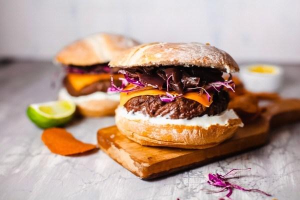 Veggie Burger Recipe, Black Bean Hamburger #remodelaholic