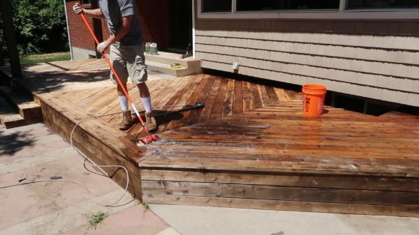 Restore Refinish Redwood Deck With Oil 001