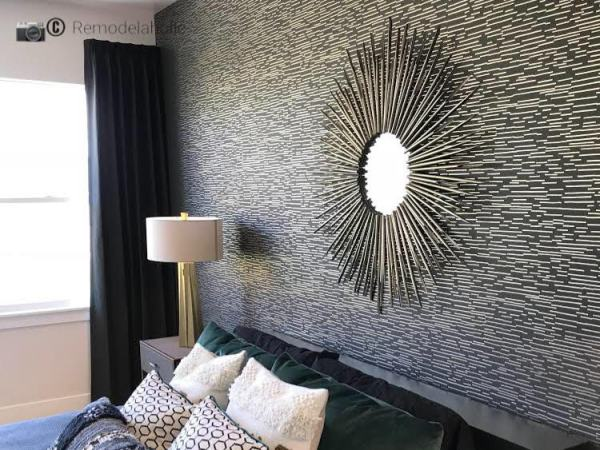 Black and white wallpaper feature wall in master bedroom, UTAH VALLEY PARADE OF HOMES 2018 – HOME 9 – DR HORTON, PHOTO BY REMODELAHOLIC