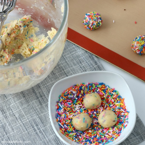 Homemade Funfetti Cookies From Scratch With Rainbow Sprinkles #remodelaholic