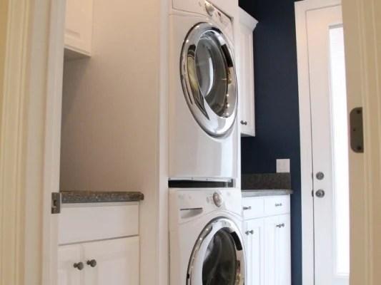 30+ Medium Sized Laundry Rooms