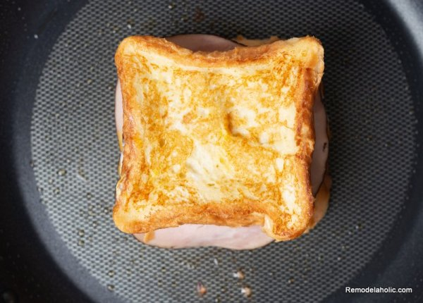 Monte Cristo Sandwich Recipe From Remodelaholic