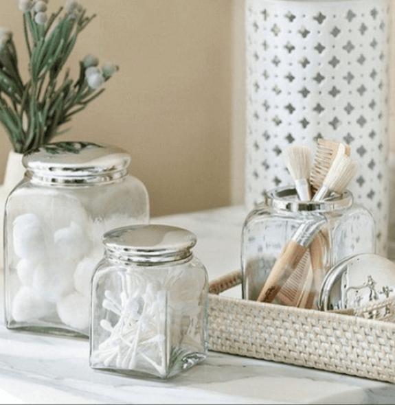 Bathroom decor with glass jar accessories