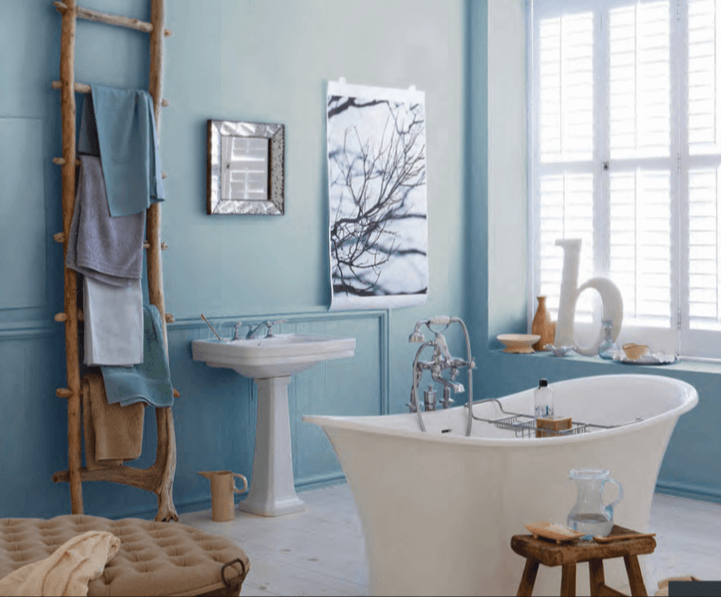 Blue and White Modern Bathroom Decor with eclectic bath accessories