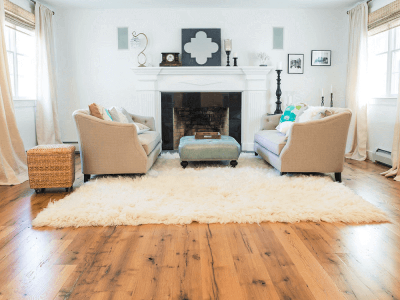 oak wood floor living room orange set 15 reclaimed flooring ideas for every wide plank in a traditional