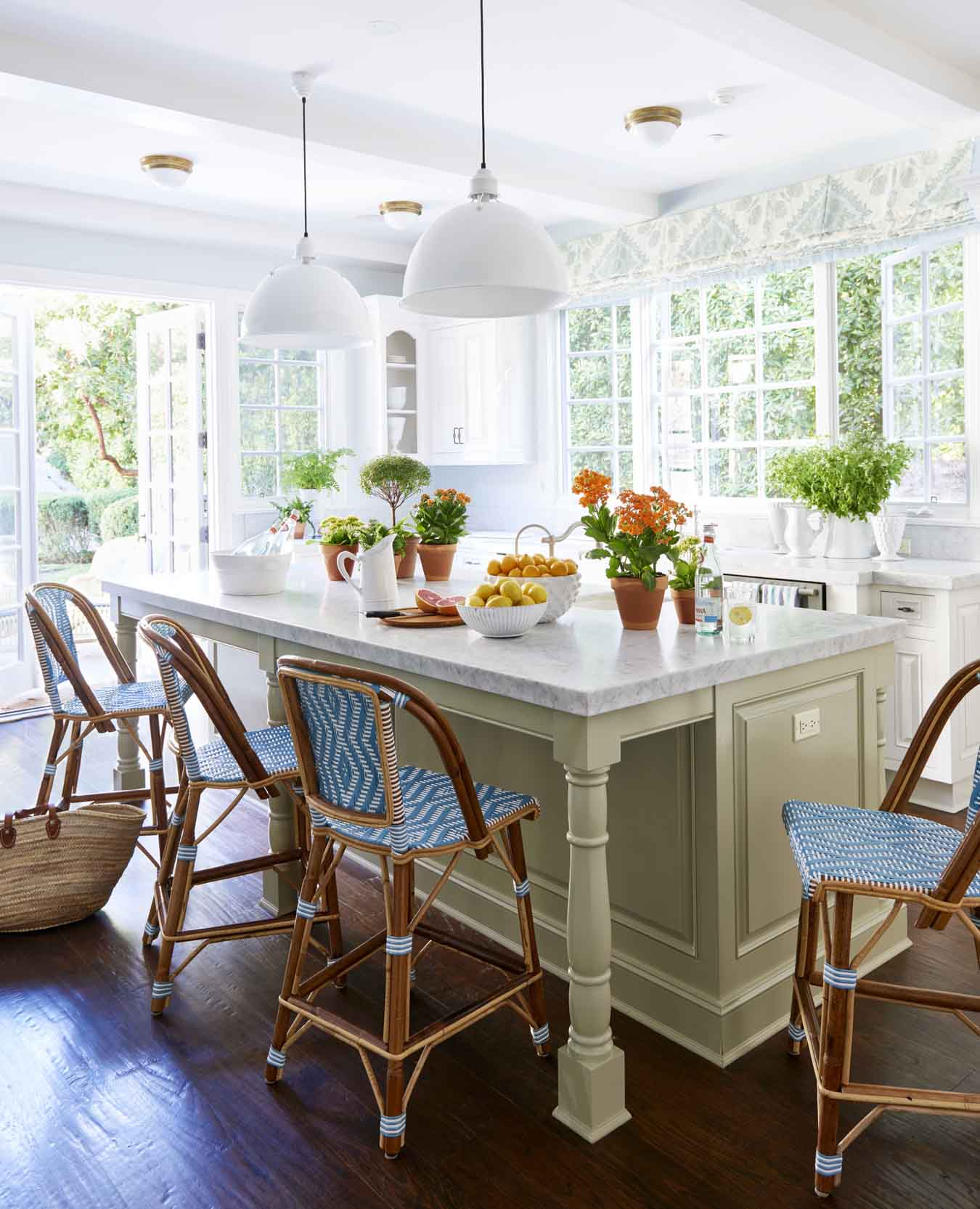 Blue And White Kitchen Island ...