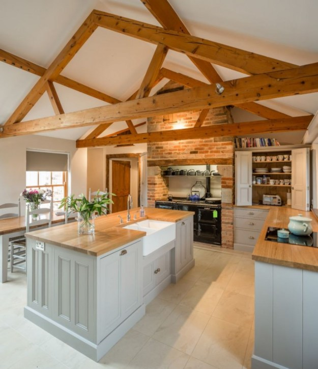 rustic-wood-kitchen-top