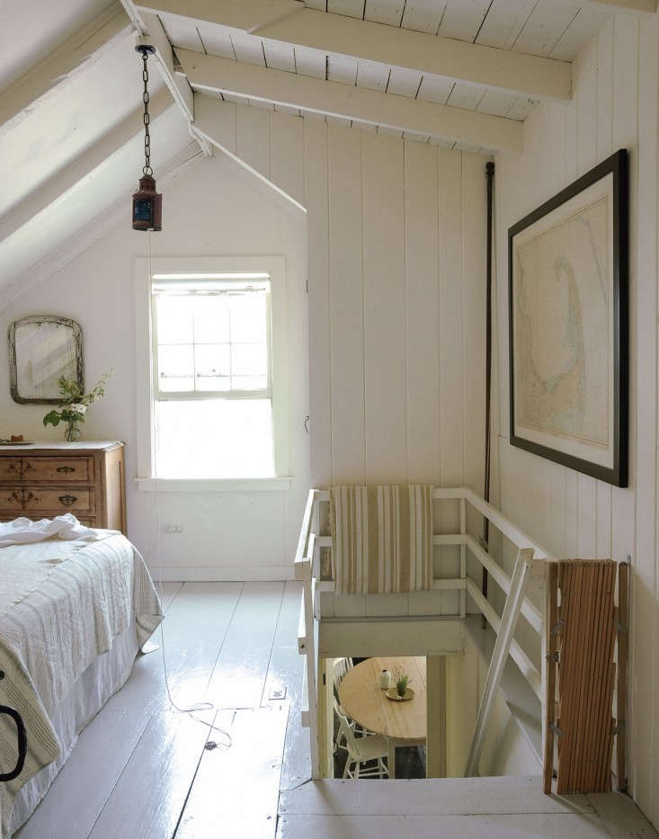 pottery barn seagrass chair cover rentals ma the soulful side of old cape cod: justine's family cottage: remodelista