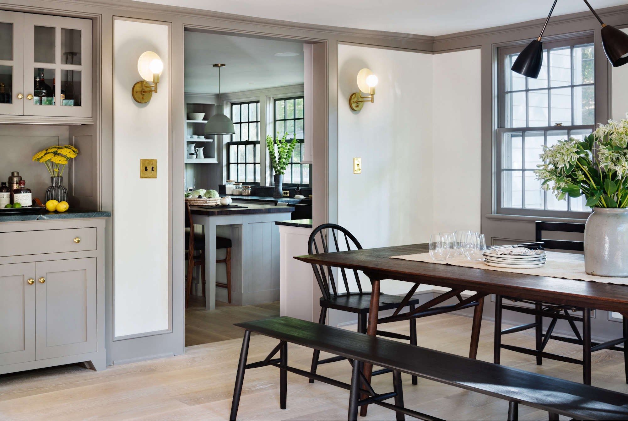 Architect Visit A Renovated Farmhouse in Bedford with