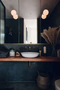 Bathroom of the Week: A Moody Tadelakt Bath in London ...