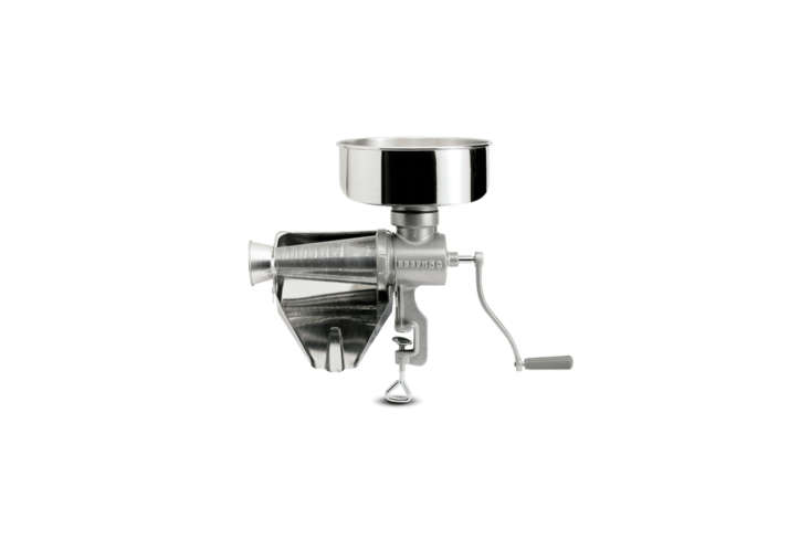 10 Easy Pieces: Editors' Favorite Hand-Operated Kitchen