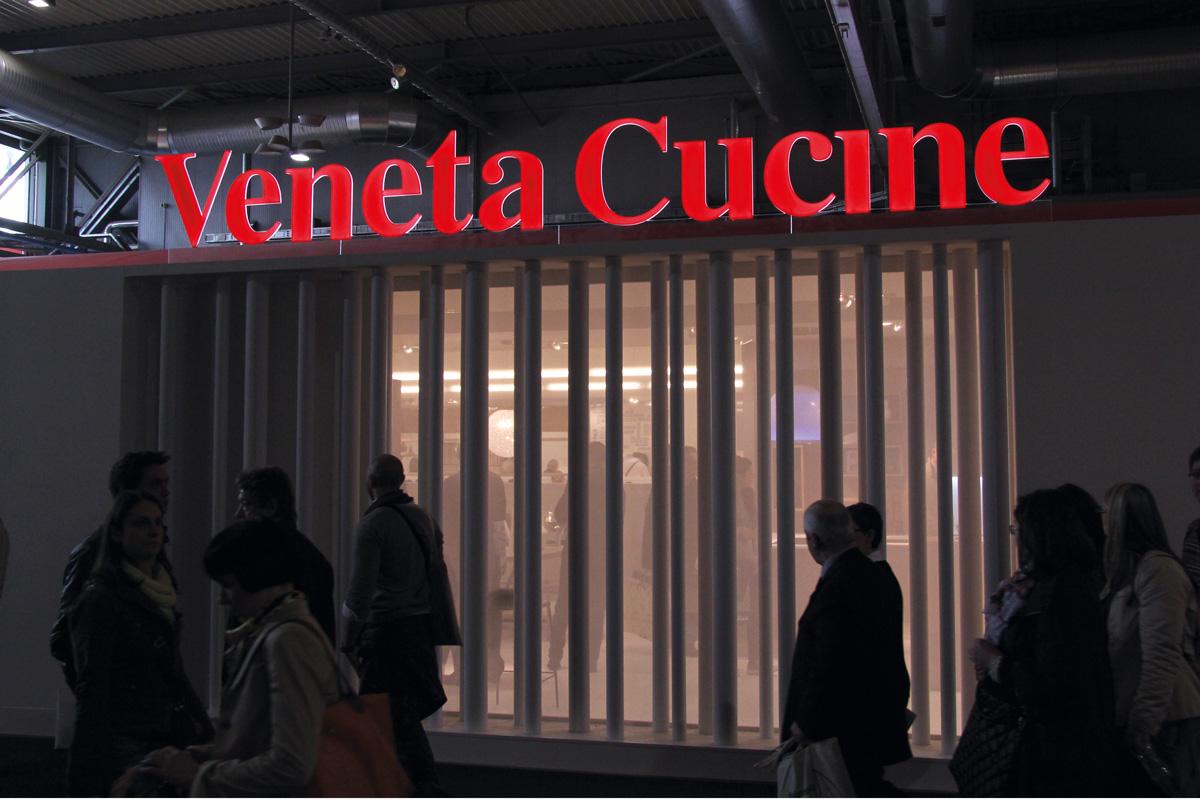 Insegne Luminose a LED  PUBLIREMOR  Treviso  Venezia