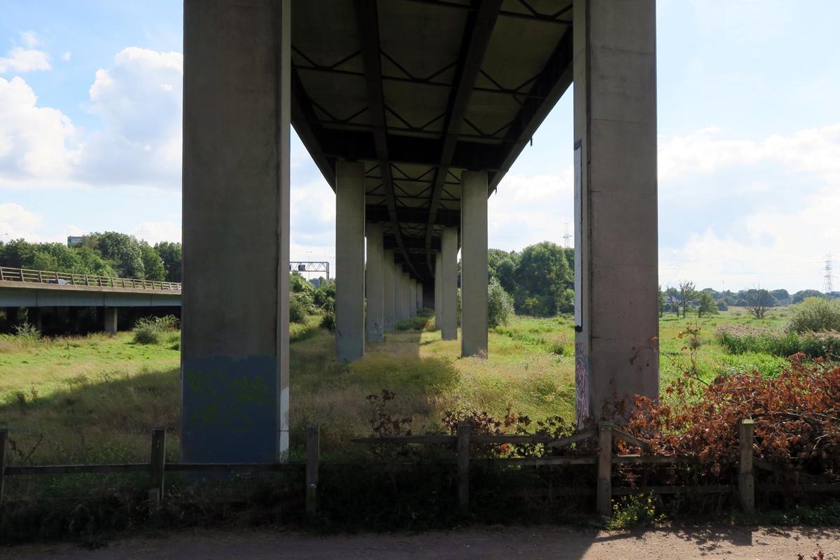 below m25 slip road