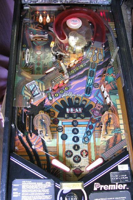 Hollywood Heat Pinball Machine for sale 4SALE