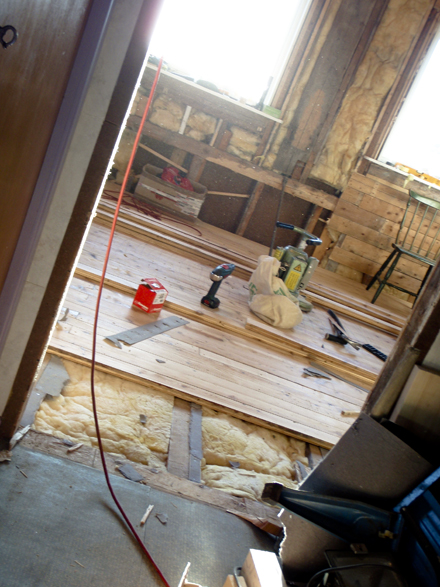 Golvet er nesten ferdig