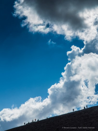 Over the crater. Vulcano, 4 settembre 2014 - Canon PawerShot G1 X, 47mm, 1/100 ƒ/6.3 ISO 100