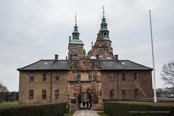 Copenaghen, Rosenborg Slot - Nikon D810, 19mm (16-85mm ƒ/3.5-5.6) 1/80sec ƒ/5 ISO 200