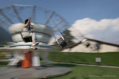 Calcio-in-culo. Ossuccio Lario, 27 luglio 2015. Nikon D810, 24.0mm (24.0 mm ƒ/1.4) 1/50sec ƒ/16 ISO 64