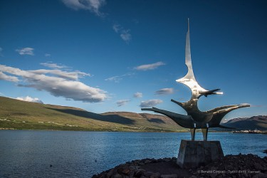 Skipagata, a sculpture of Jón Gunnar Arnason decorates the seashore of Akureyri. Nikon D810, 27 mm (24-120.0 mm ƒ/4) 1/500 sec ƒ/22 ISO 1250