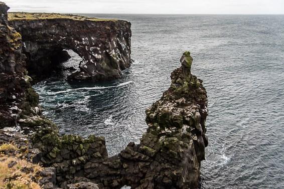 The rocks of Hvalrauf. Nikon D810, 34 mm (24-120.0 mm ƒ/4) 1/200 sec ƒ/4 ISO 64