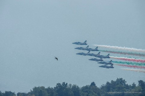 Air show. Manerba, Lake Garda 2016. Nikon D750, 400 mm (80-400.0 mm ƒ/4.5-5.6) 1/1600 ƒ/14 ISO 640