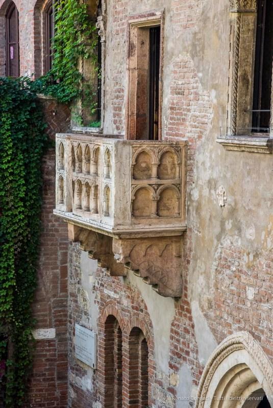 "Julette's balcony. Nikon D810 105 mm (24-120.0 mm ƒ/4) 1/200"" ƒ/13 ISO 3200"