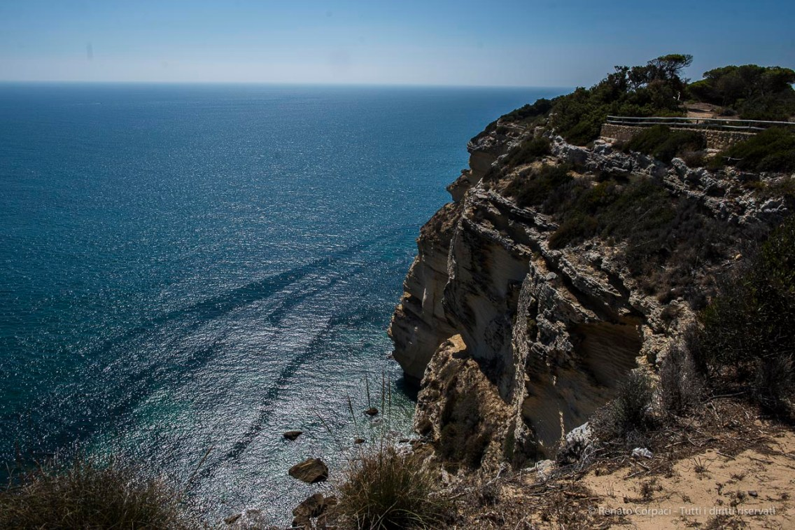 "The cliffs at Los Caños de Meca. Out at sea, in theese waters in 1805, the famous battle of Trafalgar. Nikon D810 24 mm (24.0 mm ƒ/1.4) 1/400"" ƒ/6.3 ISO 64"