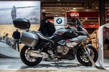 "BMW, ordinary but not unappealing. Nikon D750 24 mm (24-120.0 mm ƒ/4) 1/20"" ƒ/8 ISO 100"