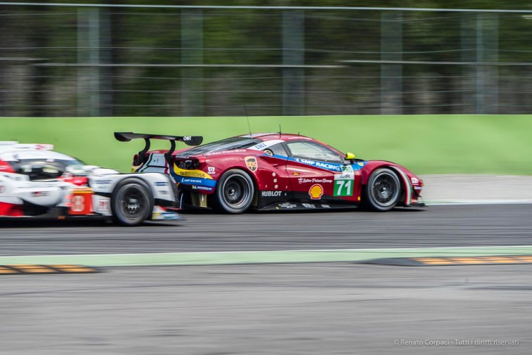 "Toyota TS050-Hybrid N.8 chasing Ferrari 488 GTE N.71 at the Second Chicane. Nikon D810, 300 mm (80-400.0 mm ƒ/4.5-5.6) 1/100"" ƒ/10 ISO 64"