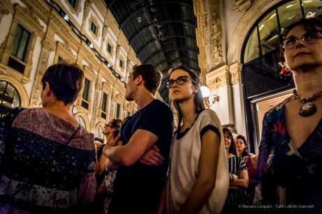 An evening of Tango in the Milano, Galleria Vittorio Emanuele II, June 2018. Nikon D810, 24 mm (24-120 mm ƒ/4) 1/125 mm ƒ/4 ISO 4500