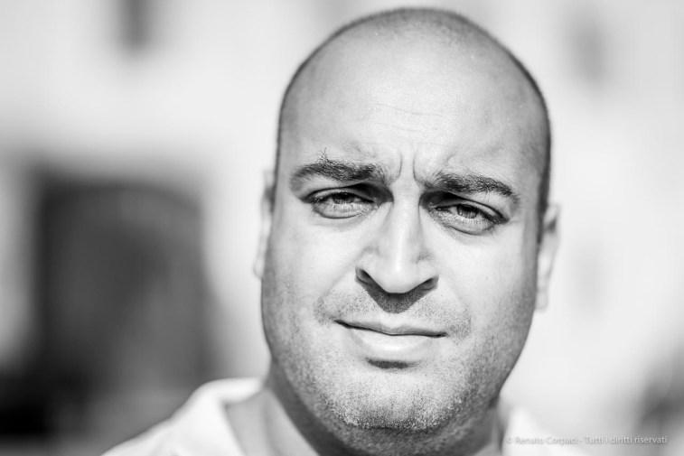 "Paolo Arizzi, copilot, Aeronord Aerostati. Corte Virgiliana, October 2018. Nikon D810, 85 mm (85 mm ƒ/1.4) 1/2500"" ƒ/1.4 ISO 64"