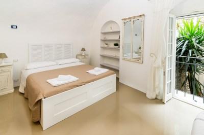 Camera da letto monolocale Dolceacqua