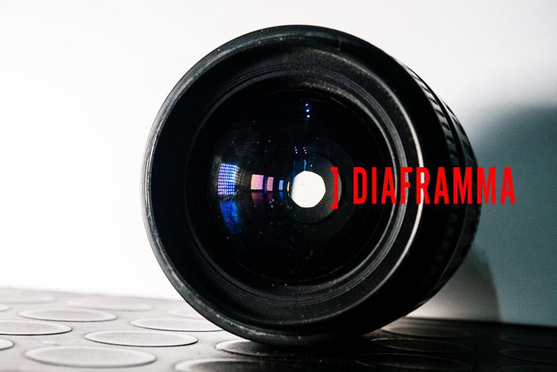 immagine del diaframma all'interno dell'obiettivo