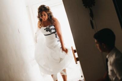 Uscita sposa da casa matrimonio Cervo