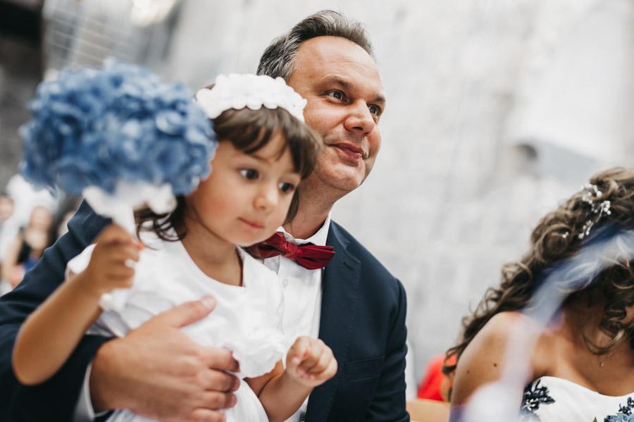Foto sposo con bambina