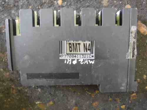 small resolution of renault clio mk2 1998 2001 n4 dashboard fuse box uch bcm recoded 7700411321