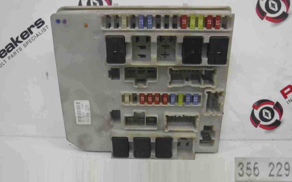 medium resolution of renault clio mk3 modus 2005 2012 engine fuse box upc unit 356229