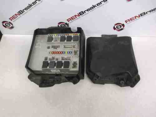 small resolution of renault clio mk3 modus 2005 2012 engine bay fuse box relay upc 356231